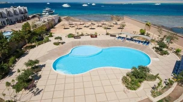Rent studio apartments in the complex of hotel type with a swimming pool in the center of Hurghada